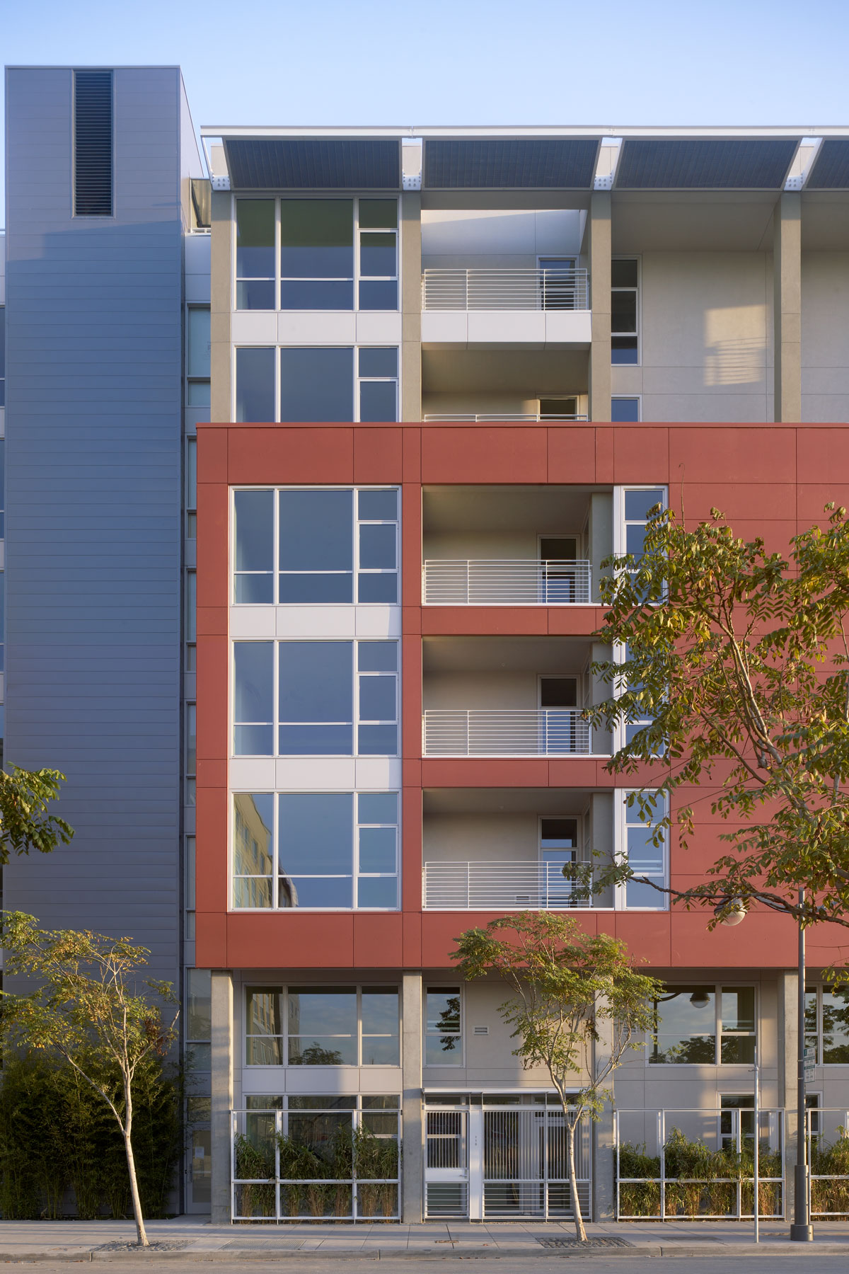 235 Berry Street is one of the first housing developments to be built in San Francisco's emerging Mission Bay neighborhood.